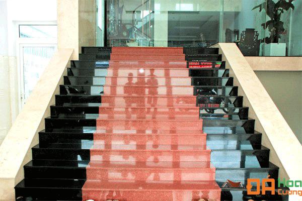 Cầu thang đá đỏ ruby Ấn độ
