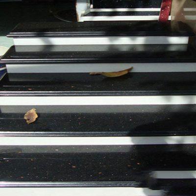 Đá Ốp lát cầu thang kim sa trung