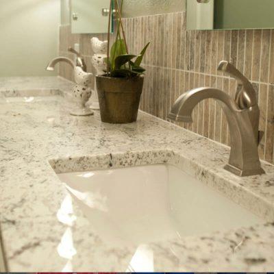 Bàn bếp đá Granite trắng