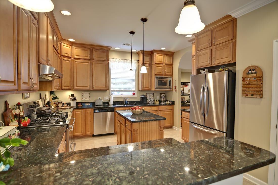 Đá bàn bếp Granite