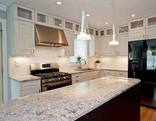 giá đá Granite làm bàn bếp Trắng Ấn Độ