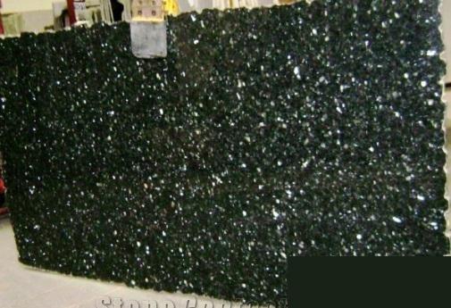 Mẫu Ốp đá Mạt tiền nhà phố màu đen